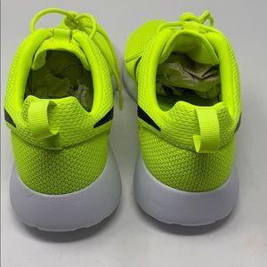 Nike Shoes - Nike roshe neon yellow green volt